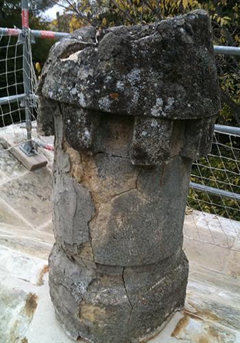 maconnerie a Arles-maconnerie traditionnelle Alpilles-restauration de monuments historiques Bouches-du-Rhone-taille de pierre a Arles-facades a Arles-toiture a Arles-renovation de maisons anciennes Alpilles